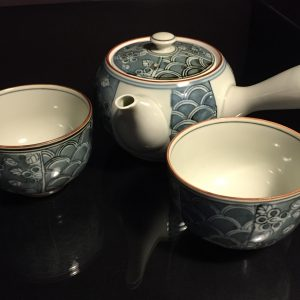 Asian-Tea-Set-with-Cups